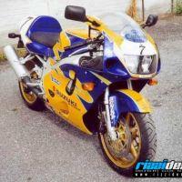 001 - Suzuki