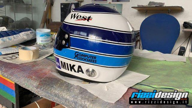 Rizzi-Design-Casco-Mika-Hakkinen-15