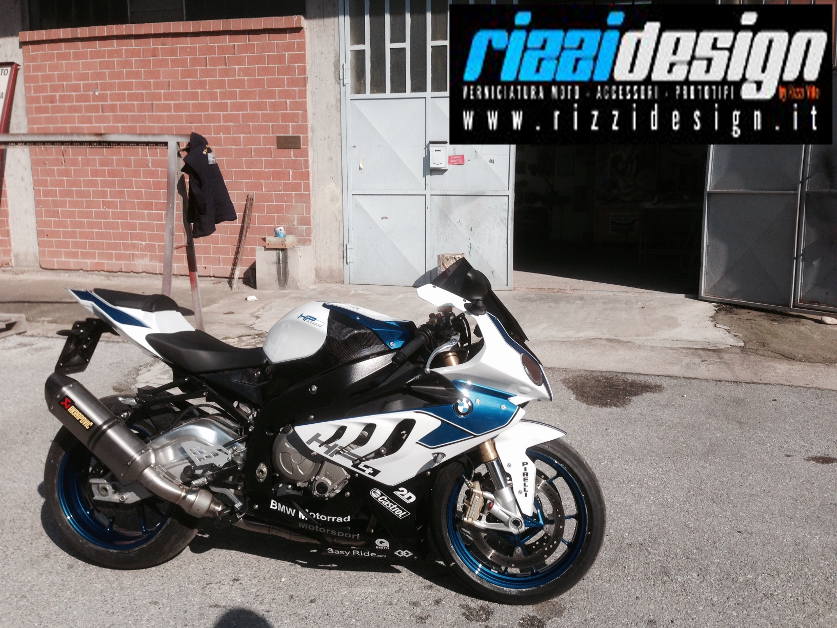 BMW S 1000RR – colorazione HP4! #RIZZIDESIGN